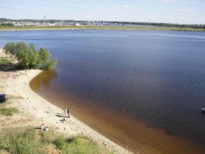 Горьковское море берег