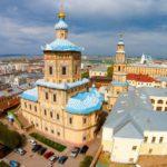 Вид на Петропавловский собор в Казани