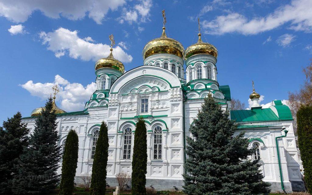 Главный вход в Раифский Богородицкий монастырь