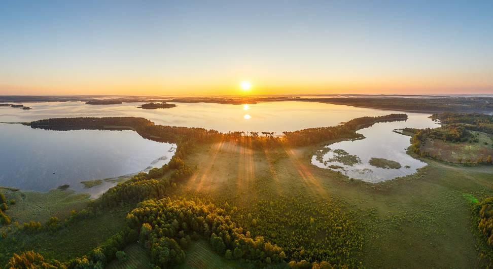 озеро Нарочь панорама